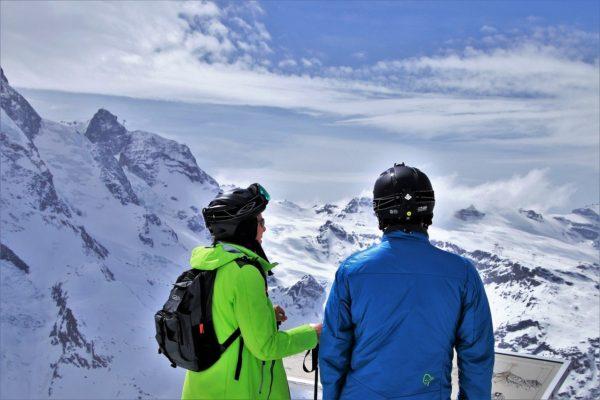 Zimní bundy a kalhoty na lyže nebo snowboard