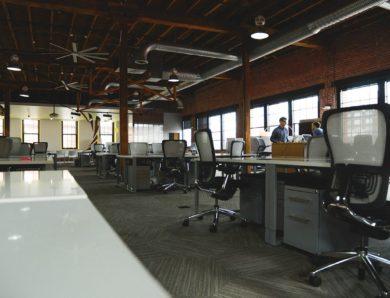 Správná kancelářská židle zvýší vaši produktivitu